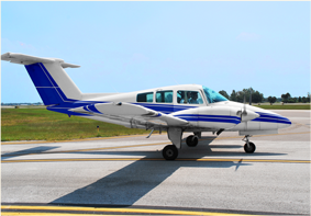 beechcraft duchess flight school pilot training aircraft